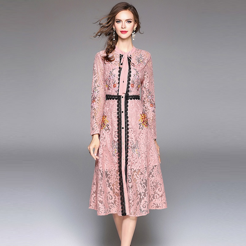 40b3f78efd0a 2018 Spring Women Long Sleeve Mid Dress Fashion Vintage Black   PINK   BLUE  Lace Embroidery Dress Elegant Casual Dresses-in Dresses from Women s  Clothing on ...