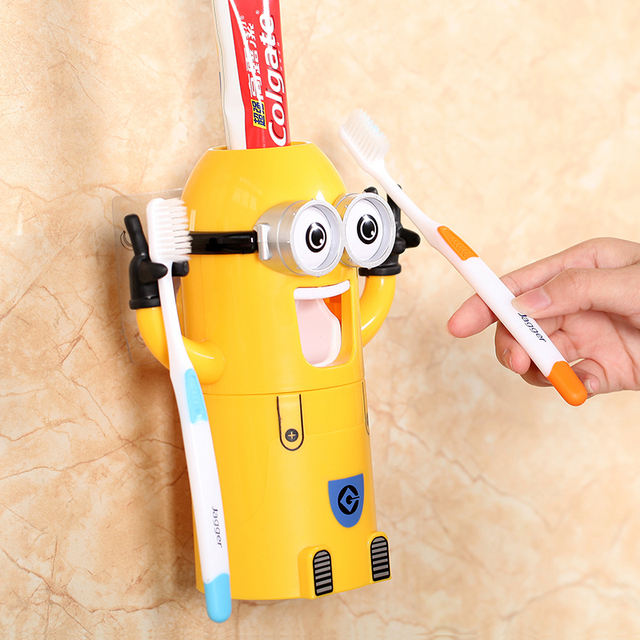 Dropshipping Minion Automatic toothpaste dispenser Toothbrush Holder Products Creative bathroom accessories Toothpaste Squeezer