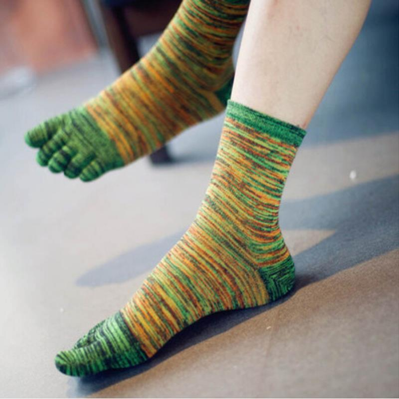 Vintage 4 Colors Cotton Blend Five Finger Toe Socks For Men Casual Men Socks Autumn Men Clothing