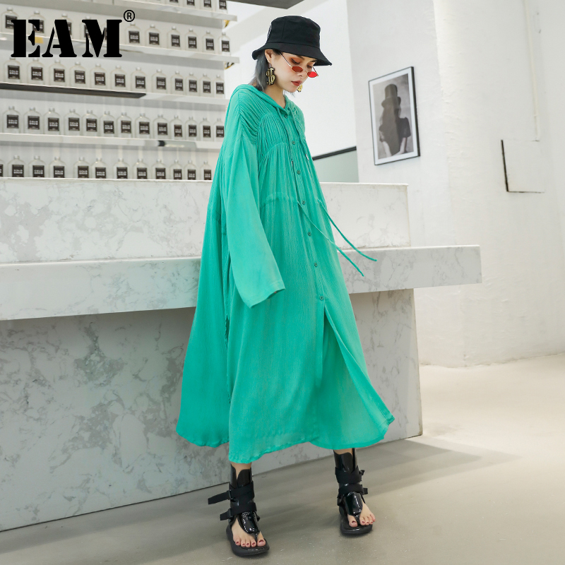 [EAM] 2019 New Spring Summer Hooded Long Sleeve Green Pleated Loose Long Big Size Thin Windbreaker Women   Trench   Fashion JX631