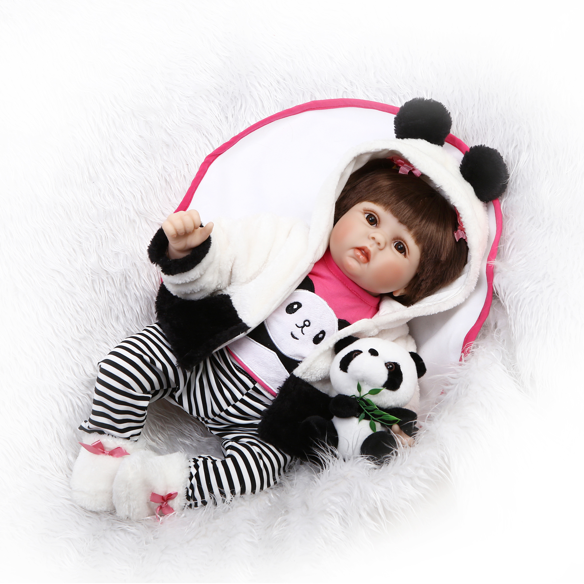 55cm Simulation Soft Silicone Reborn Baby Doll With Panda Toy Magnetic Pacifier Lovely Baby Soft Lifelike Doll Girl Toys simulation mini golf course display toy set with golf club ball flag
