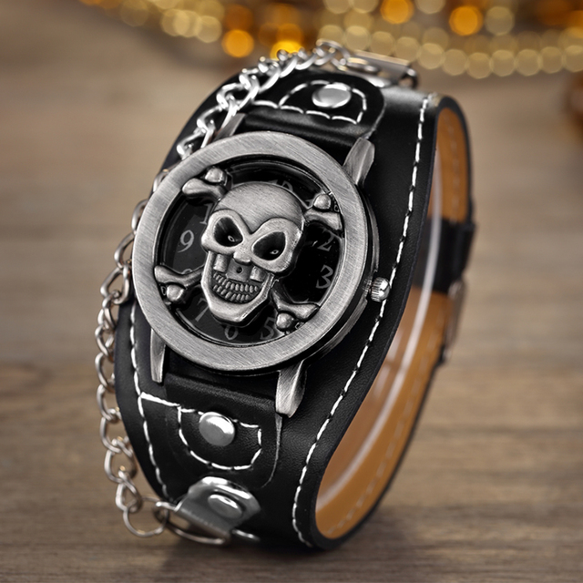 SKULL STYLE LEATHER WRISTWATCHES (2 VARIAN)