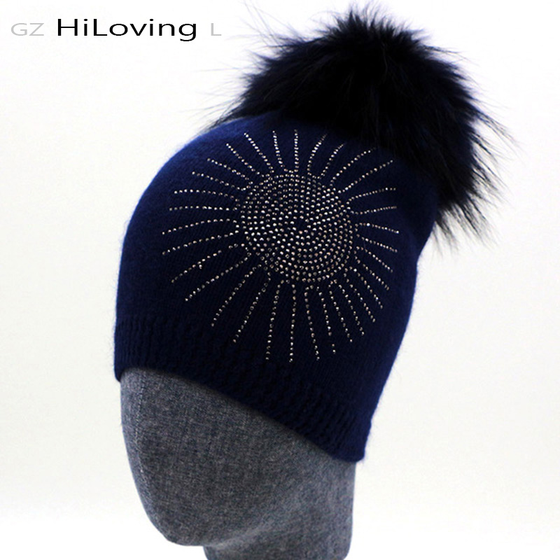 2016 Rhinestone Knitting Hat Wool Beanie Hat With Real Raccoon Fur Pompom  Women Beanie Pom pom Wool Bonnet Femme Hiver Caps Girl-in Skullies   Beanies  from ... 73ca562423ec