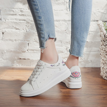 Women Casual Shoes autumn 2018 Spring Women Shoes Fashion Embroidered Breathable Lace-Up white ladies Sneakers Women