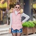 2017 nuevo otoño invierno las mujeres del todo-fósforo del color sólido del diseño corto por la chaqueta de algodón chaleco de cuello de piel prendas de Vestir Exteriores Barato al por mayor