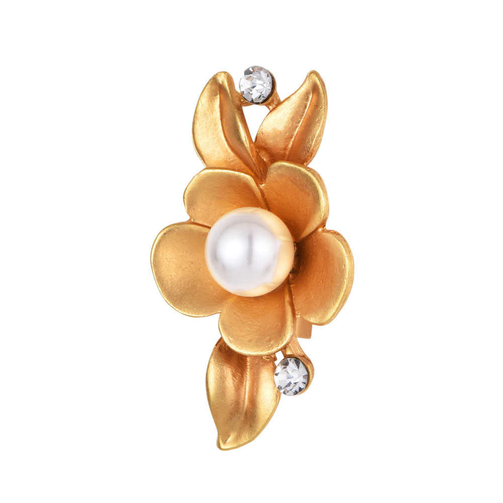 2017 New Style Plum Flower Brooches For Women Natural Imitation Pearl Jewelry Pin Broches For Dress