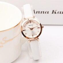 2017 marca superior de luxo rosa ouro mini relógios femininos à prova dcasual água moda casual vintage pequeno dial senhoras relógio relogio feminino