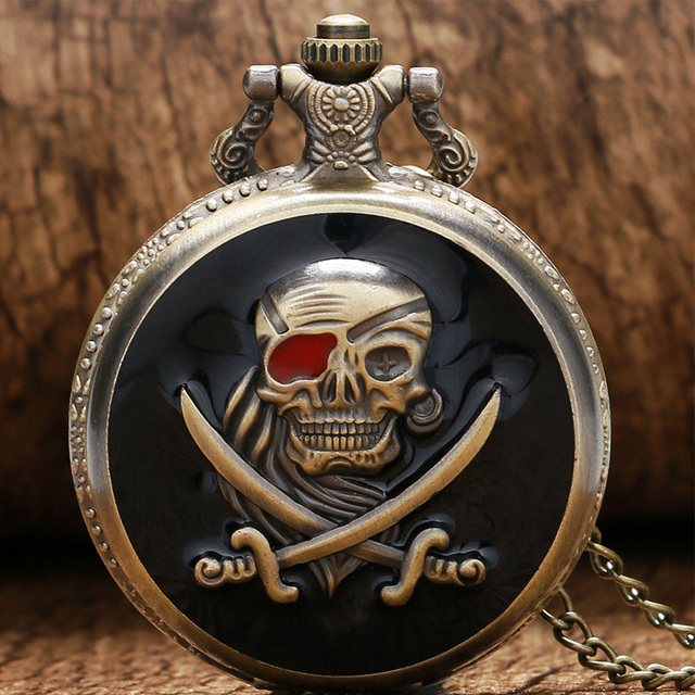 2018 Unique Steampunk Pirate Skull In One Piece Full Hunter Pocket Watch with Ne
