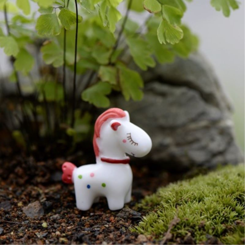 1 Pcs Mini Resin Horse Figurines Micro Landscaping Decor For Garden DIY Craft AccessoriesP1