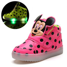Children Shoes With Light Popular in Europe Boys Shoes Autumn Winter Dot Cartoon Led Sport Girls