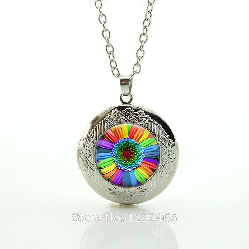 Maxi Necklace Collier Collares Digital Rainbow Flower Necklace Souvenirs Trendy Jewelry Glass Dome Pendant Best Friends N787