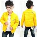 2017 primavera ropa de los niños causales sólido del collar del soporte de algodón acolchado espesar chaquetas boy para niños niñas niños moda abrigos