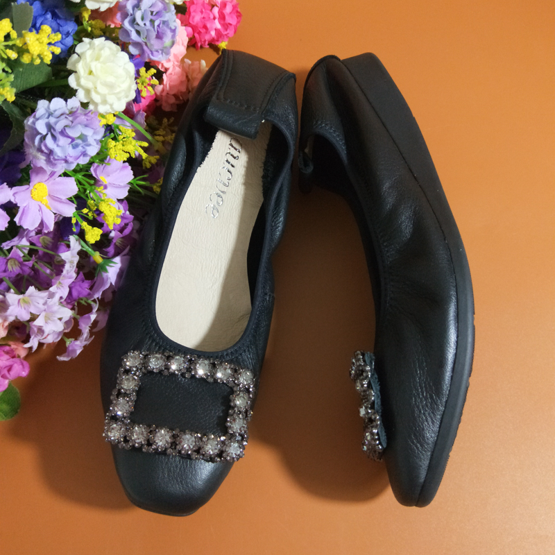 Flats Shallow Mouth Square Head Genuine Leather Shoes Women Soft Bottom Large Size Set Foot Rhinestone