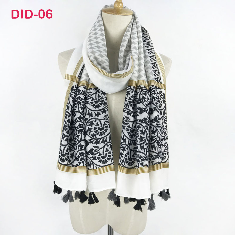 Gorgesonline 2018 Design Women Fashion Tassel   Scarf   Beautiful Printed Shawl Soft Cotton Beach   Scarf     Wraps   Muslim Head   Scarf