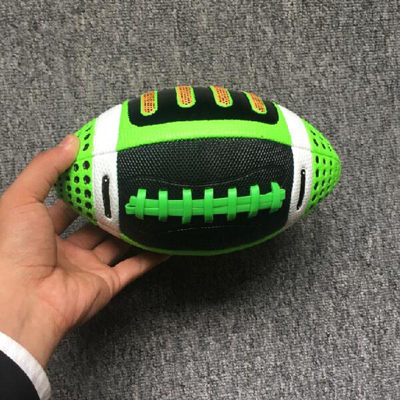 Alta Qualidade Bola bola de Futebol Americano Tamanho 3 Bola De Rugby De  Praia das Crianças Jogo de Rugby Ou Jogo Bola Para A Rua futebol em Futebol    Rugby ... c8aebe69fa09f