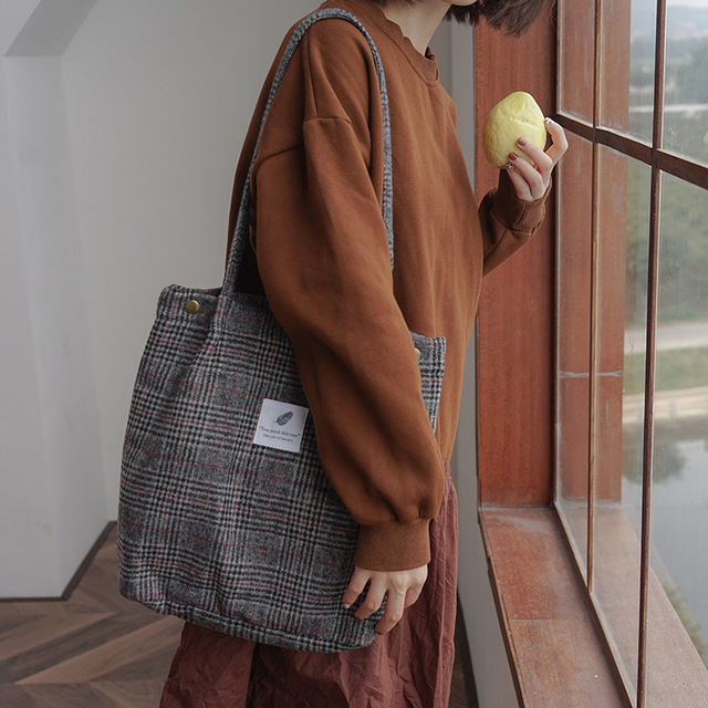 2019 Winter Women Woolen Canvas Shoulder Bag Ladies Vintage Tartan Handbags Female Fashion Plaid Tote Cloth Bags For Preppy Girl 2