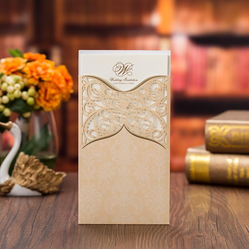 50 ชิ้น/ล็อตทองสีแดงตัดเลเซอร์คำเชิญการ์ดแนวตั้งบันทึกวันที่เจ้าสาวแต่งงานคำเชิญ Party Supplies-ใน การ์ดและบัตรเชิญ จาก บ้านและสวน บน   2