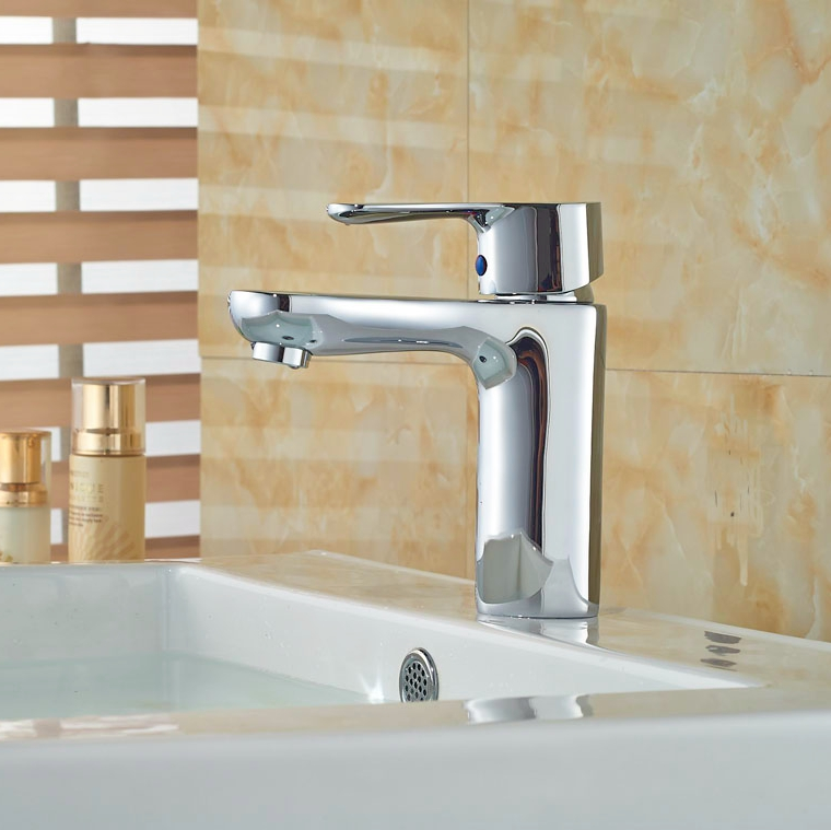 Wholesale And Retail Single Handle brass Basin Tap Deck Mounted Bathroom Vessel Sink Tap Hot Cold
