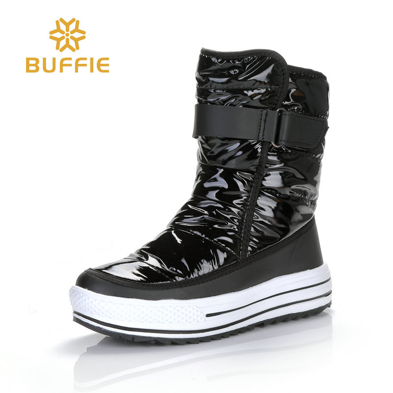 2018 thin warm boots for autumn low temprature black colour white curling fur light weight outsole free wear fast put on bright