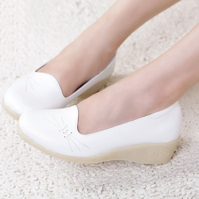 New Arrival Breathable Nurses Shoes Low Heels Working Shoes Slip On Round Toe Women Shallow Flats Size 36-41 hot sale 6 cell kitchen tools diy frozen popsicle molds tray round shape ice cream mould