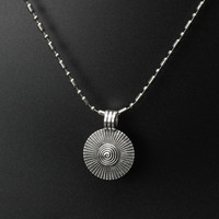 Ethnic Jewelry National Vintage Metal Compass Pendants Necklace Round Miao Silver Color Necklace,Fashion Handmade Chain Necklace