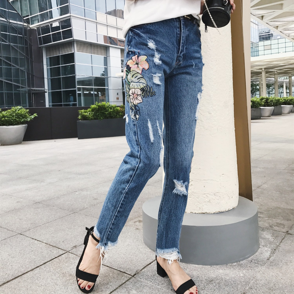 2017 Summer Fashion Women Retro Jeans High Waist  S-XL blue Jeans Femme Washed Holes Floral Embroidery Casual Pencil Denim Pants