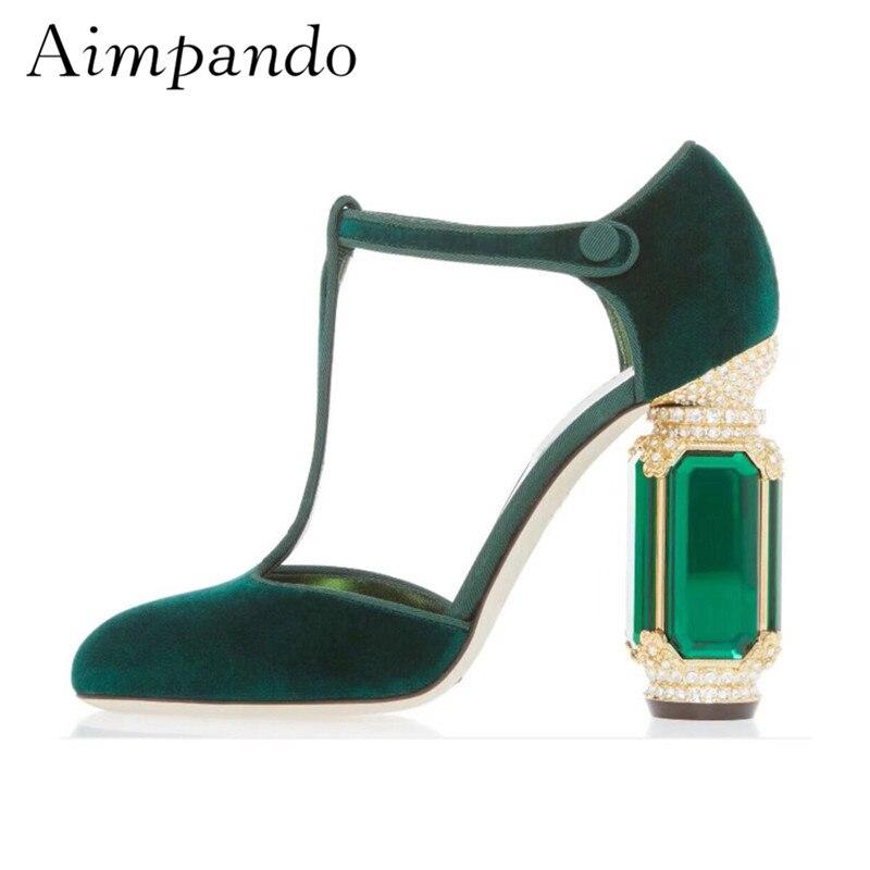 Velours de luxe Talons Femmes 2019 Rétro Chaussures De Mariage Strass Diamant Bijou Talon t-strap Pompes Chaussures Femmes