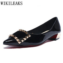 designer versio luxury brand loafers women New fashion patent leather slip on shoes woman flats red high quality Valentine shoes недорго, оригинальная цена