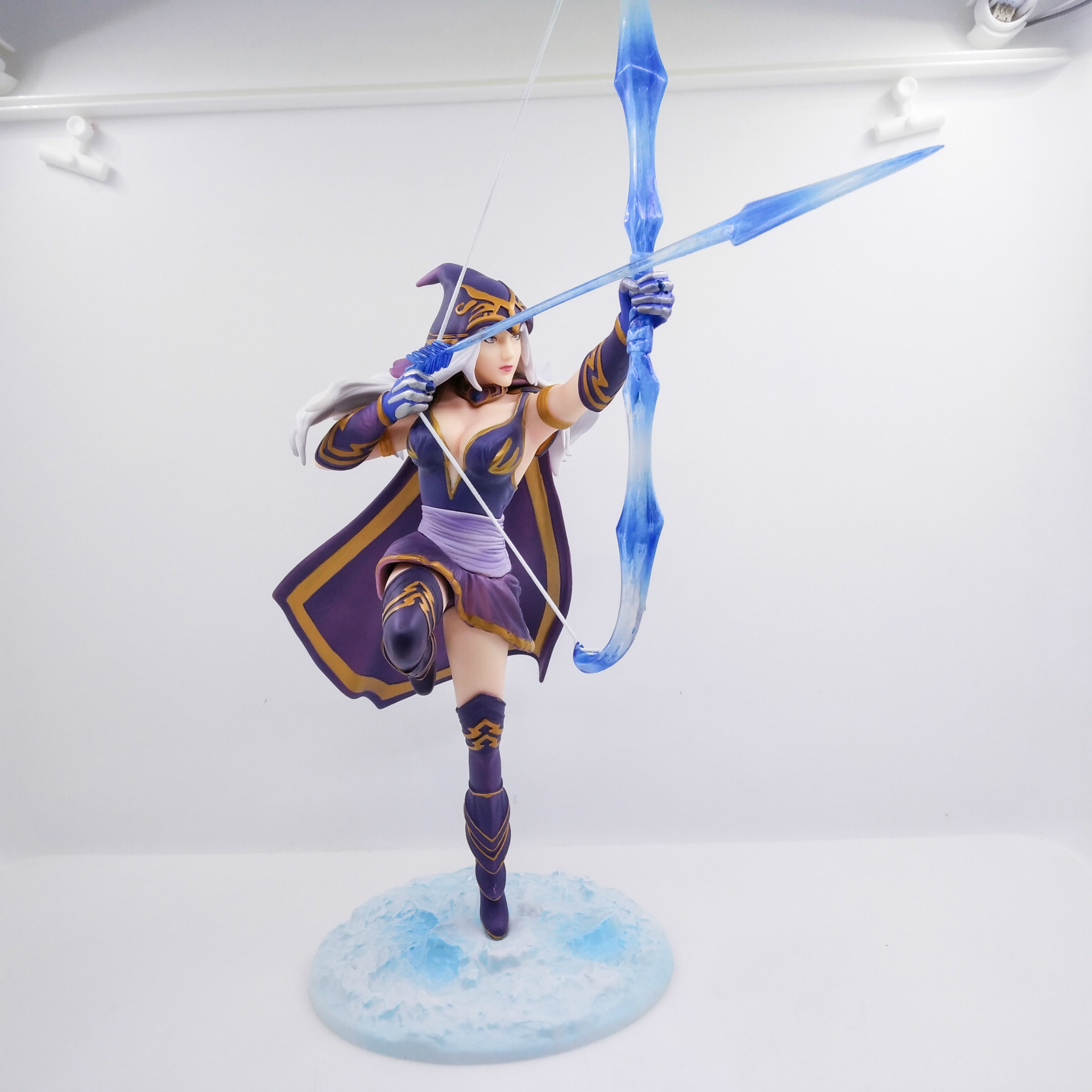 WVW 23CM Sports Game Dolls LOL Ashe VN Yasuo Zed Play Arts Model PVC Toy Action Figure Decoration For Collection Gift
