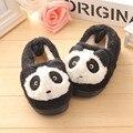 Мода Мальчики девушка обувь плюшевые Дети Тапочки Бытовые Деревянный Пол Спальни Детские Теплые Милые Панды Хлопка Детей повседневная Обувь