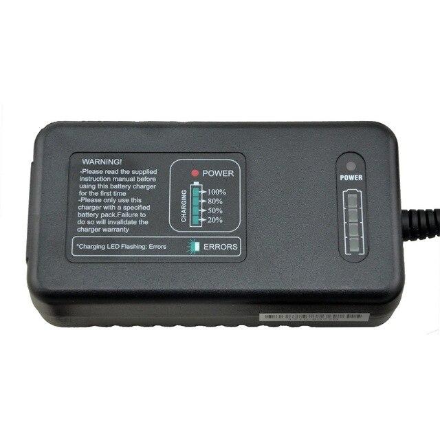 12V car battery charger 12V lead acid SLA GEL AGM VRLA battery desulfate function displaying charge process