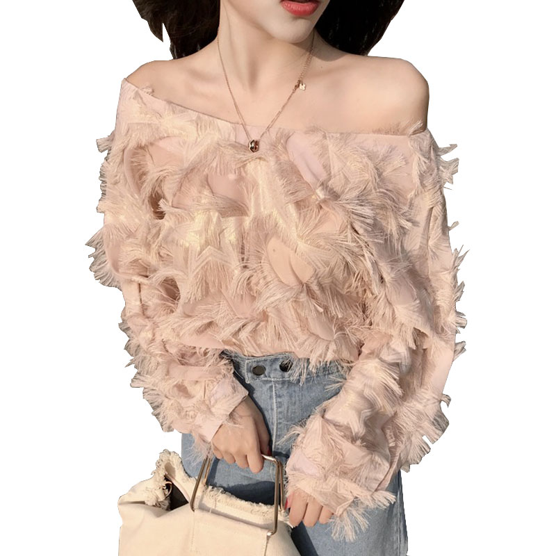 Korean Fashion Woman Blouse 2018 Spring Summer Feather Tassel Sexy Short Loose Blouse Cold Shoulder Tops Shirt Chemisier Femme