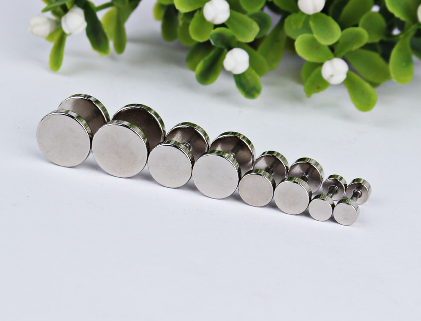 Mixed Size Illusion Stainless Steel Screw On Ear Plugs Flesh Fashion Men Multi-size Stainless Steel Earrings