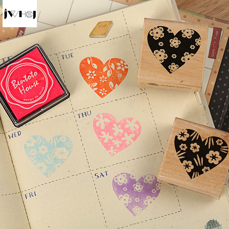 JWHCJ Free shipping 4 pcs heart wooden rubber stamp for Kids DIY Handmade Scrapbook Photo Album students Stamps Arts,Crafts gift jwhcj vintage cat date wood roller stamps for children diy handmade scrapbook photo album diary book decoration students stamps