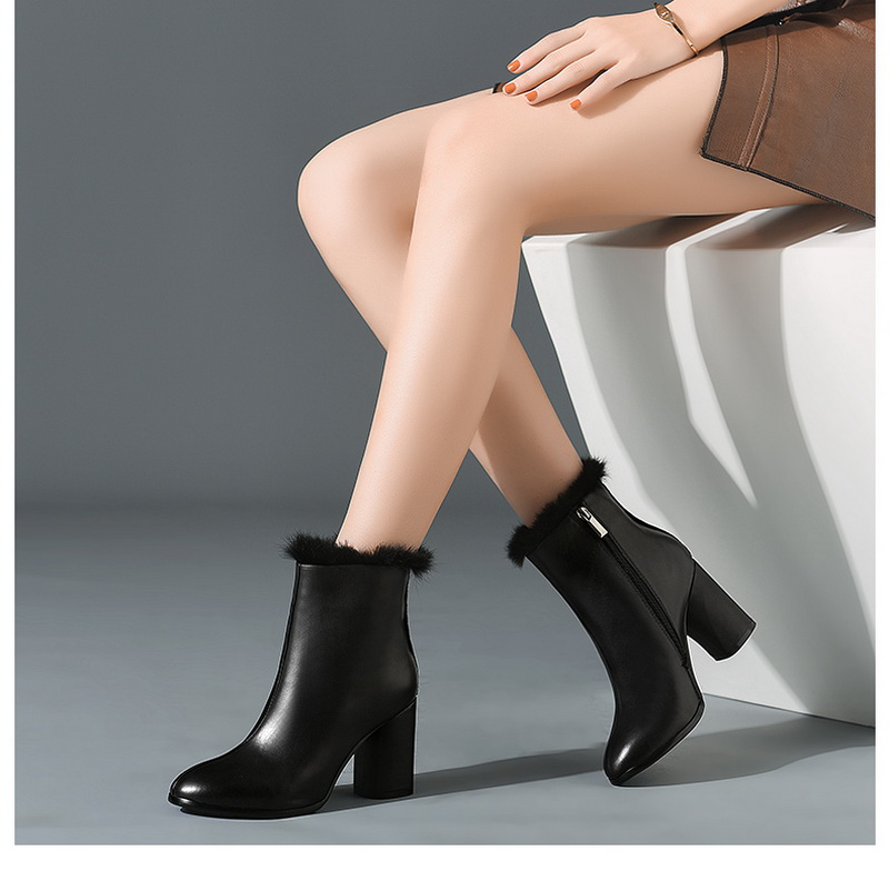 new arrived women High heeled boot with fur 7 cm for heel