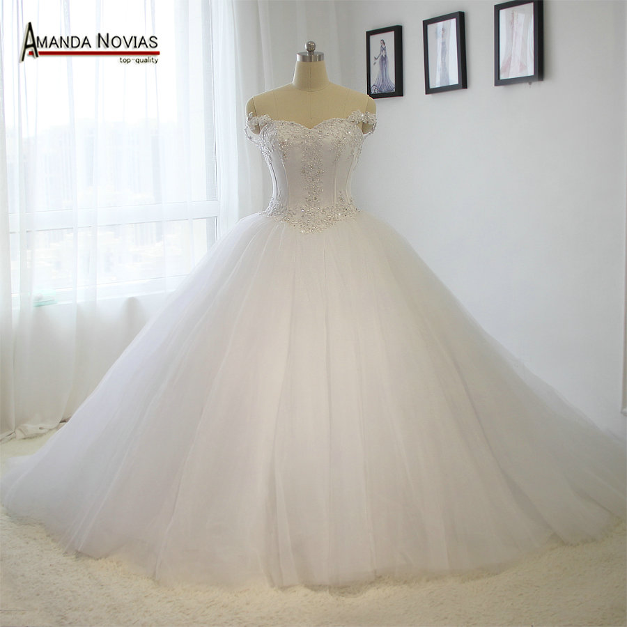 100% 2016 Real Model Wedding Dress Big Puffy Lace Wedding