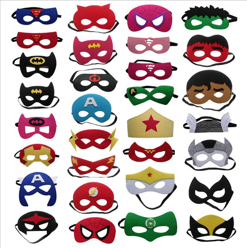 31pcs /lot Superhero Halloween Costumes Cosplay Mask Xmas Superman Batman Spiderman Anime Masquerade Mask Kids Birthday Party
