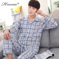 2017-Men 's cotton long - sleeved season lapel checked cardigan home casual middle - aged large yards pajamas R205