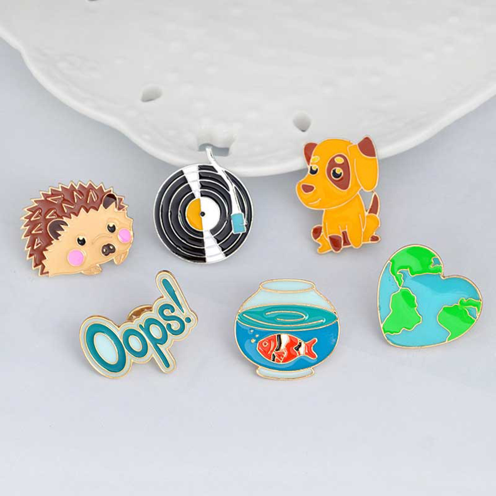 6Pcs/set Safety Brooch Cartoon Cute Brooch Set Goldfish Pup Puppy Hedgehog Record Alloy Drops Brooches for Clothes Jacket Decor
