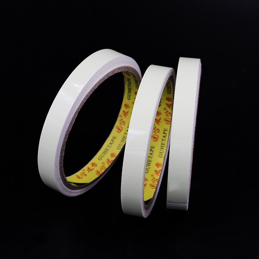 1PC New Arrival DIY Modeling Luminous Tapes Glow In The Dark Decoration Stationery Tape Altogether 6 Meters in Office Adhesive Tape from Office School Supplies