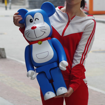 70cm1000% Bearbrick Be@rbrick Doraemon PVC Action Figure Collectible Model Toy Decoration Lovely and interesting toys new hot christmas gift 21inch 52cm bearbrick be rbrick fashion toy pvc action figure collectible model toy decoration