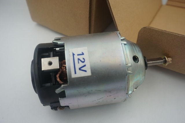 27225-8H31C 272258H31C HEATER BLOWER MOTOR LHD for Nissan X-trail left hand drive for  X-Trail T30 Maxima 2001-2015