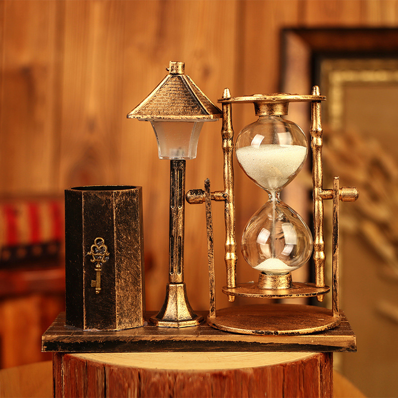 Creative Europe Vintage Metal Pen Holders With Hourglass Home School Office Decoration Gift For Children