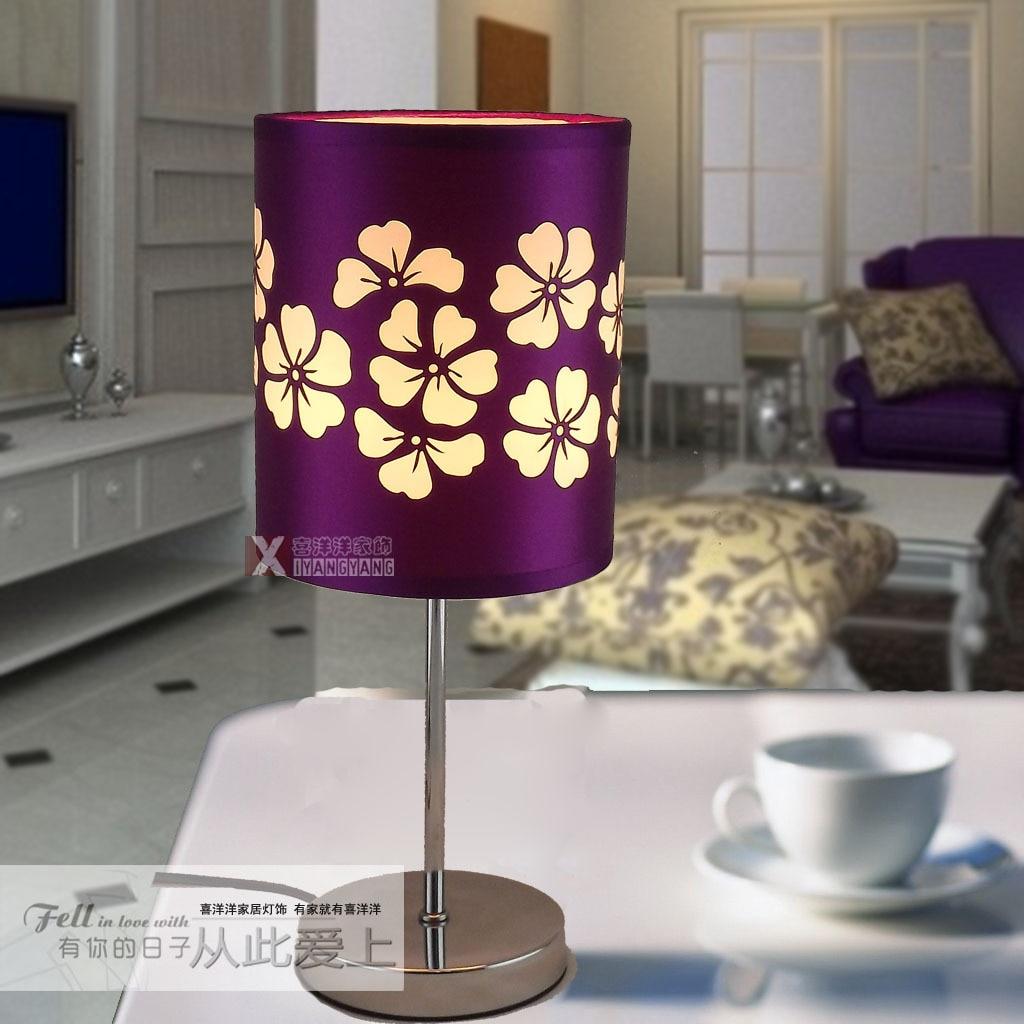 Современный минималистский клевер настольная лампа домашнего интерьера Спальня ночники Освещение исследование творчески Оптовая