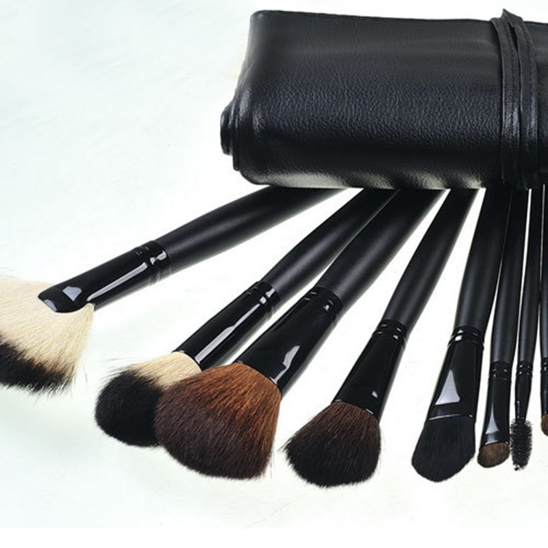 24 Pcs Makeup Brush Sets with Bag for Blending Foundation and Powder Suitable for Contouring and Highlighting 23