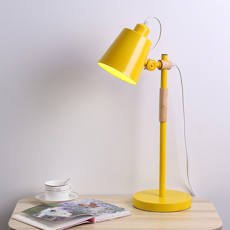 Nordic bedroom bedside lamp Study room reading eye reading table lamp Creative living room lamp Household lamp lw427228Nordic bedroom bedside lamp Study room reading eye reading table lamp Creative living room lamp Household lamp lw427228