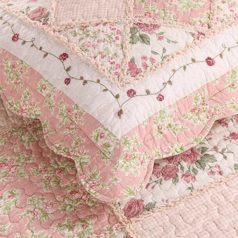 Korea Pink Floral Patchwork Quilt Set 3PCS Bedspread Quilted Bedding Cotton Quilts Bed Covers Shams King Size Coverlet Blanket