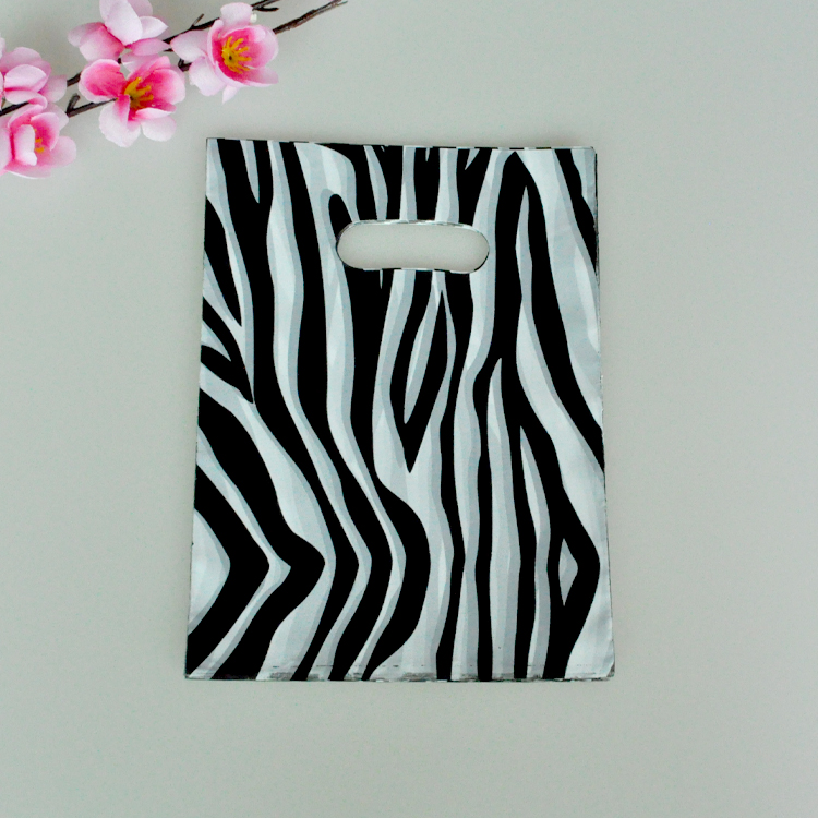 15*20cm 100pcs/lot small plastic bag zebra stripe jewelry packaging bag cute plastic gift bag shopping bags with handle