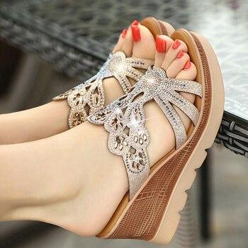 f63245d0f {D & Henlu} Strass Sandália Desliza Mulheres Verão Flip Flops Sandálias  Senhoras Calçar Chinelos Mulheres Sapatos Tamanho 43 zapatos Mujer 2019