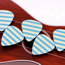 10pcs/Lot 0.71mm thickness guitar strap guitar parts Accessories Stripes personalized guitar picks